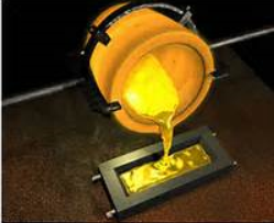 picture gold being poured into ingot shape